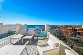 terrace & pool 3